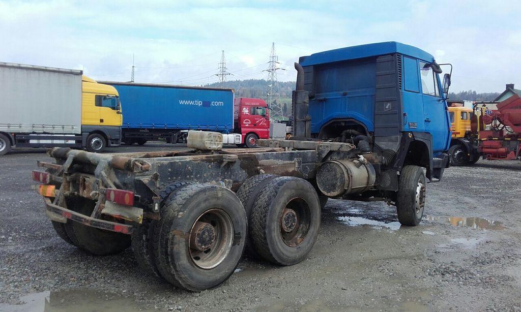 شاحنة قلابة STEYR 1491 32S32 6x4 6x6