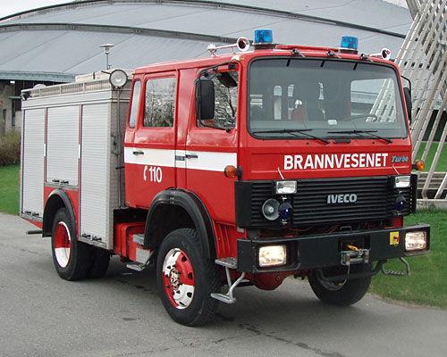 سيارة المطافئ IVECO 80-16 4x4 WD