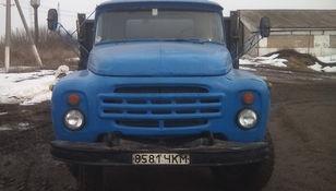 شاحنة مسطحة ZIL 554