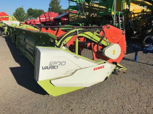 آلة حصادة CLAAS Vario 1200