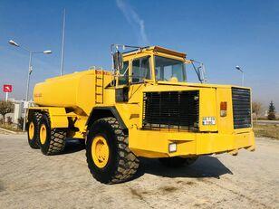 شاحنة الصهريج VOLVO A 35 C