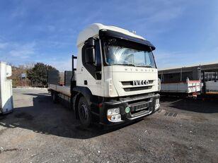 شاحنة نقل السيارات IVECO 190S45