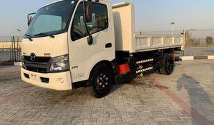 شاحنة قلابة HINO 300
