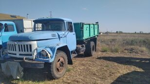 شاحنة مسطحة ZIL