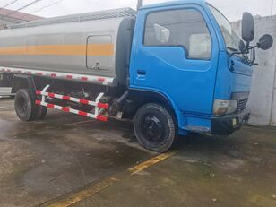شاحنة نقل الوقود DONGFENG Tank Truck 6 Tons