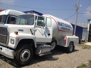 شاحنة نقل الغاز FORD l8000