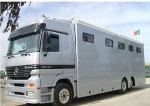 камион за превоз на коне MAN ACTROS 25 43