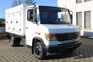 شاحنة توزيع البوظة MERCEDES-BENZ Vario613D ICE-33°C 182tkm Radstand3150 Euro 5