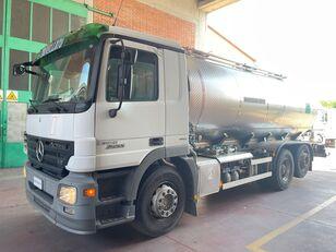 شاحنة نقل الألبان MERCEDES-BENZ Actros 2555