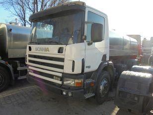 شاحنة نقل الألبان SCANIA 94G 260