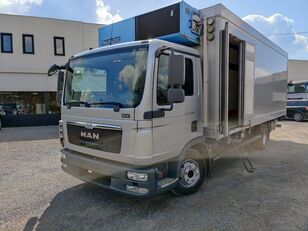 شاحنة التبريد MAN TGL 12.250